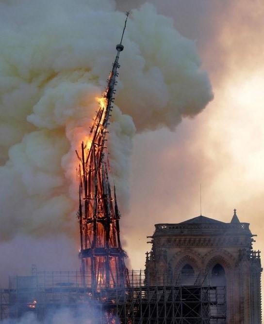 Incendie ND de Paris